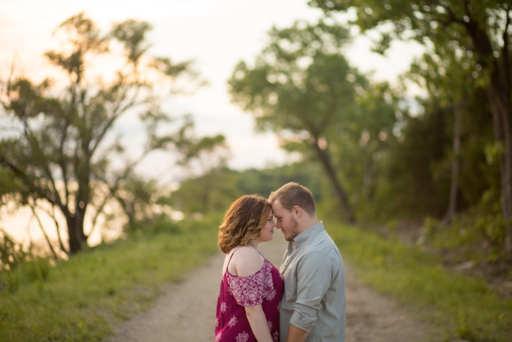 tuttle creek state park engagement session